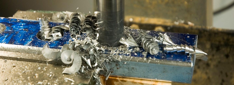 Ruwac header zur Branche Metall