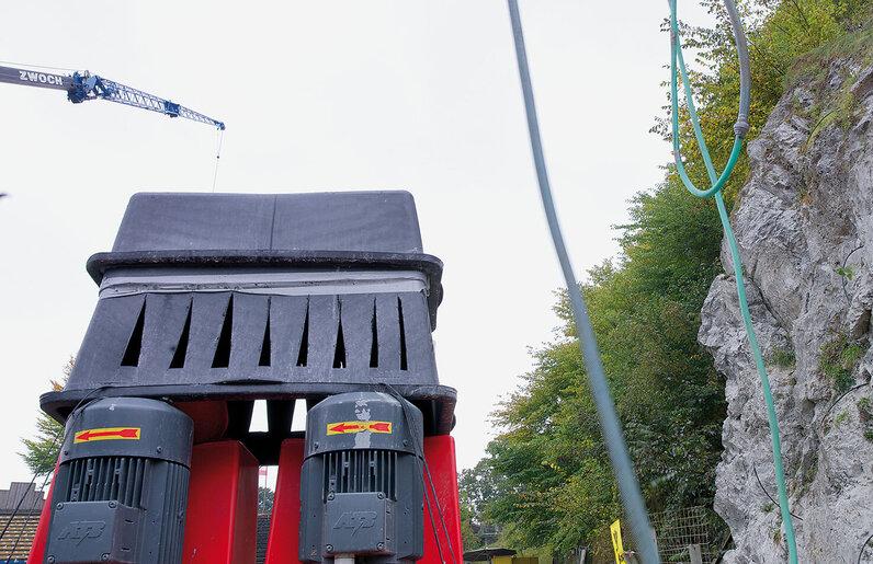 Ruwac Industriesauger DS4150 saugt Steinstäube und Kiesel bei den Karl-May Festspielen in Bad Segeberg.
