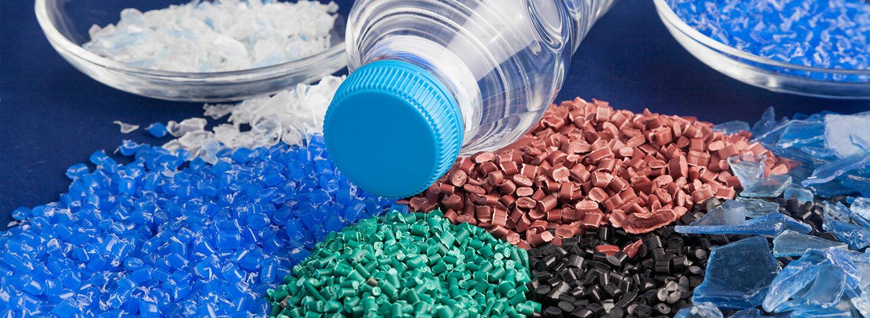 Ruwac header zur Branche Kunststoff