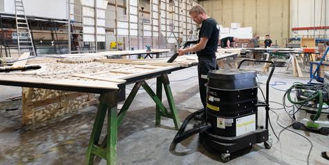 Absaugung von Holzstäuben mit einem Ruwac Industriesauger